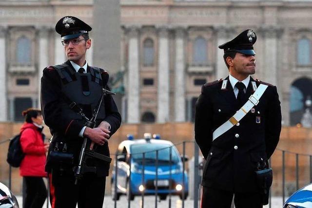Smartphone-Verbot für italienische Polizisten