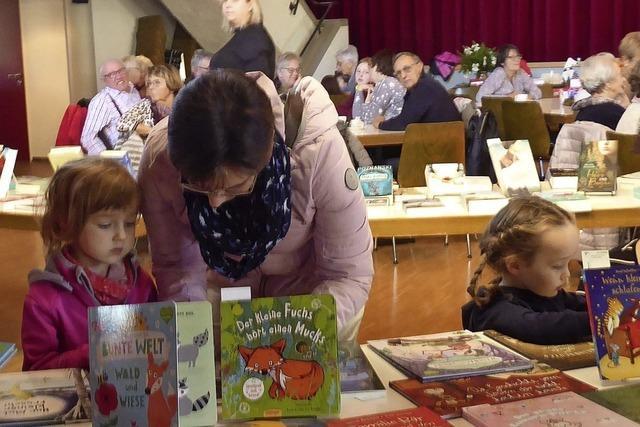 Buchausstellung ist Anlaufpunkt für Jung und Alt