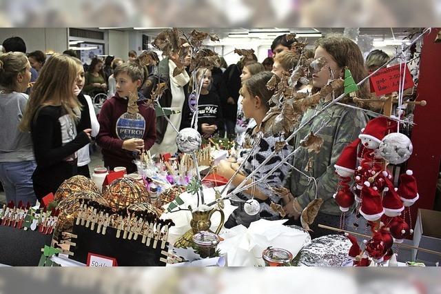 Der Adventsbasar lockte wieder viele Gäste an