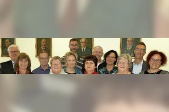 Stadt ehrt Jubilare und Ruheständler für langjährige Mitarbeit