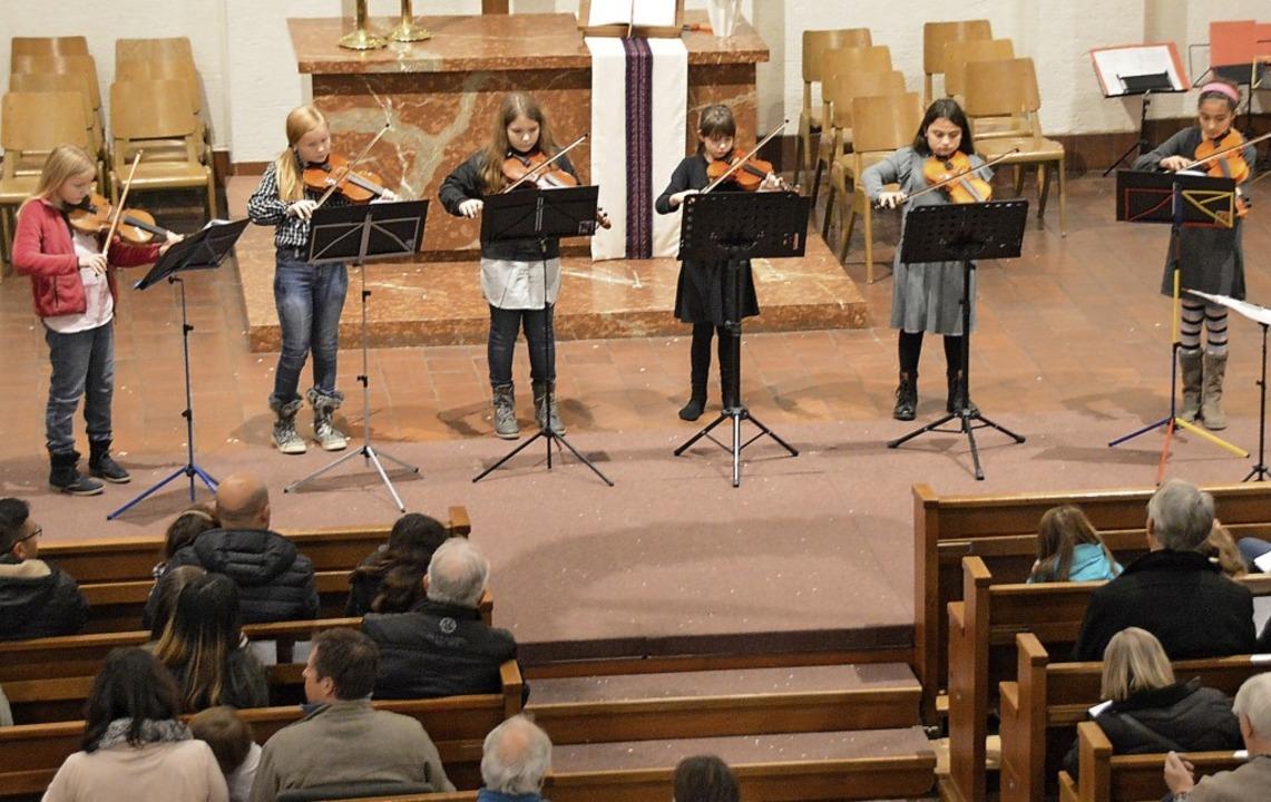 Das Vororchester Kunterbunter Streicherhaufen   | Foto: Horatio Gollin