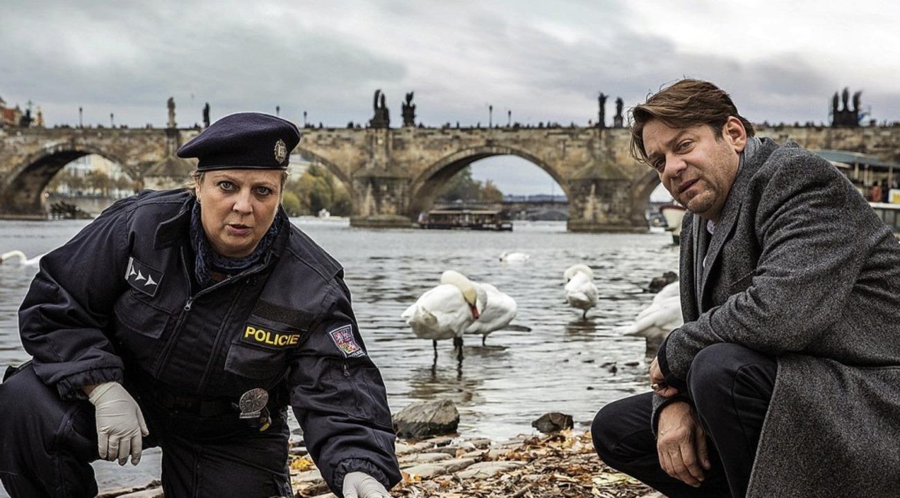 Gabrielea Maria Schmeide und Roeland Wiesnekker     Foto: Hubach/ARD/dpa