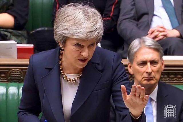 Fehlstart in Debatte über Brexit-Deal lässt britische Regierung zittern