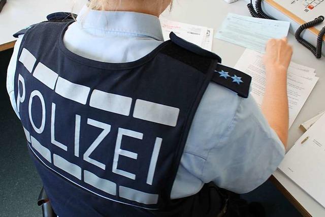 Hakenkreuz an Hauswand in Lörrach geschmiert