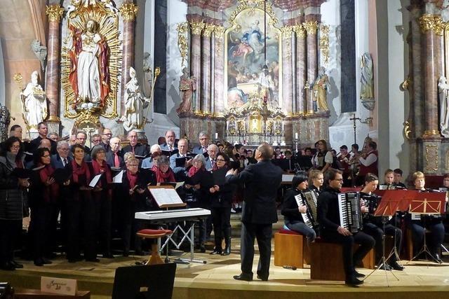 Musizieren fürs Bernhardusheim