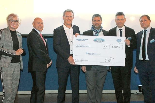 6000 Euro für das Projekt Teach Beyond
