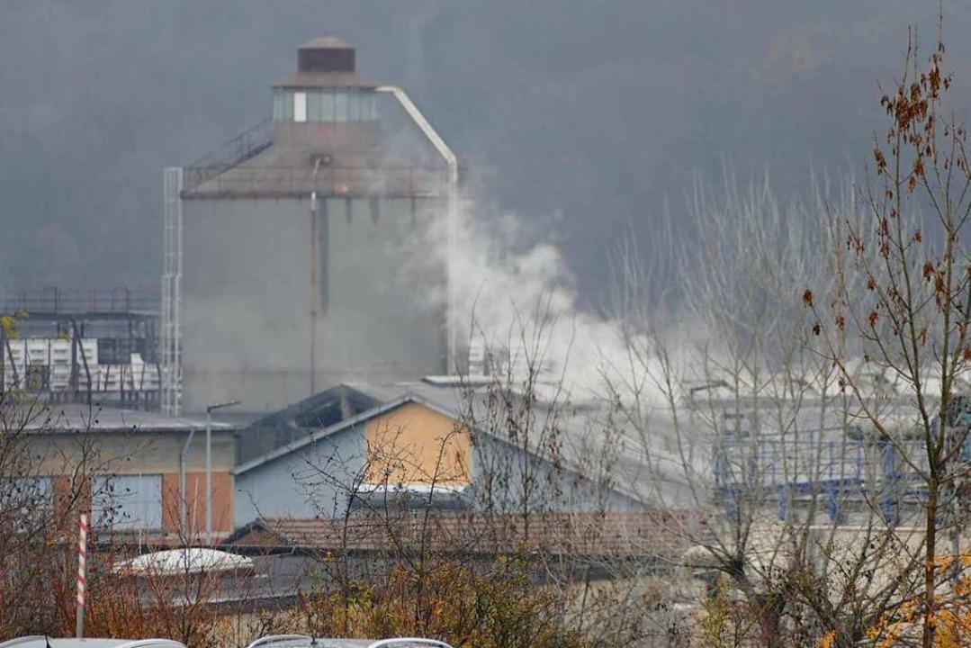 Im Werk 3 kam es nach dem Verladen von Kalk zu einer Explosion.  | Foto: Ingrid Böhm-Jacob