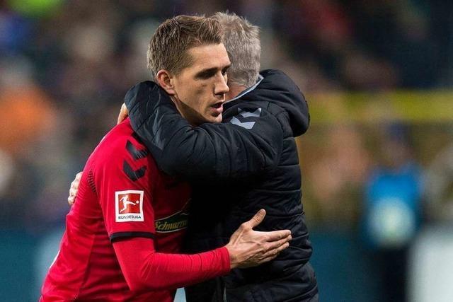 Video: Christian Streich gratuliert Nils Petersen zum 30. Geburtstag