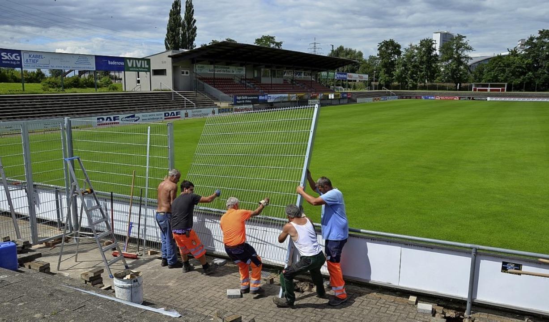 Sanierungsbedürftig: das Karl-Heitz-Stadion des OFV  | Foto: Seller