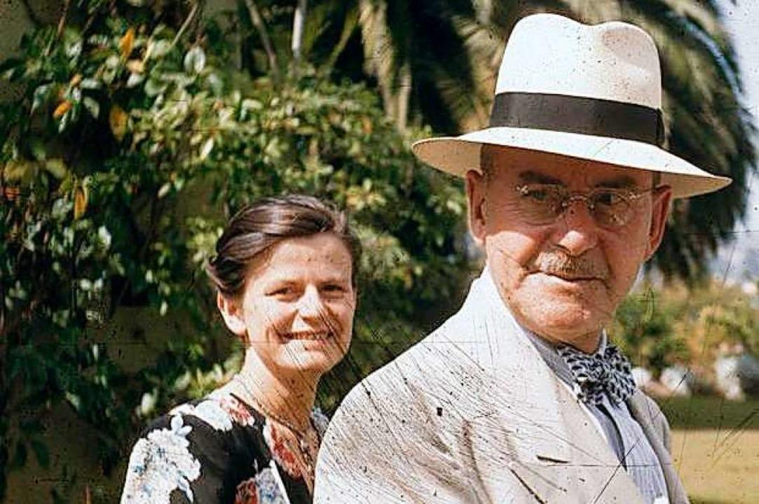 Elisabeth Mann Borgese und Thomas Mann um 1946 im Garten der Villa  | Foto: ETH-Bibliothek Zürich, Thomas-Mann-Archiv. Fotograf: Unbekannt