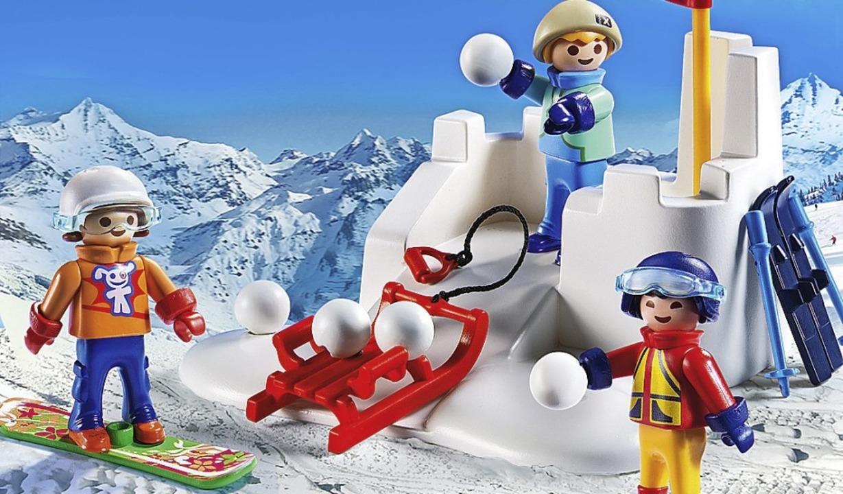 Ob Schneeballschlachten auf Schulhöfen...ten sind, regeln die  Schulordnungen.   | Foto: Playmobil