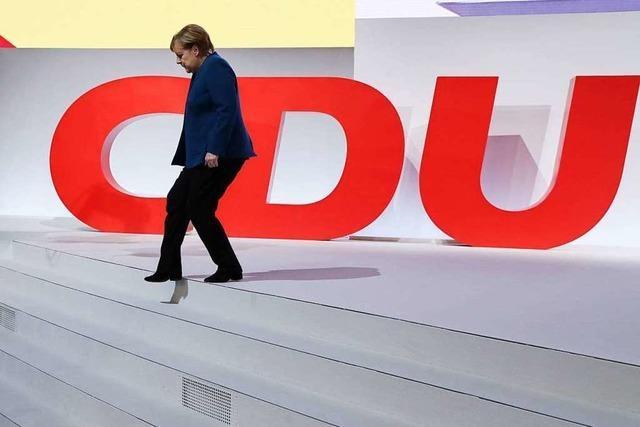 Merkel nimmt Abschied vom CDU-Vorsitz – Minutenlanger Applaus