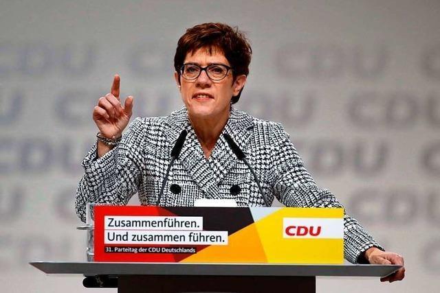 CDU wählt Annegret Kramp-Karrenbauer an die Spitze der Partei