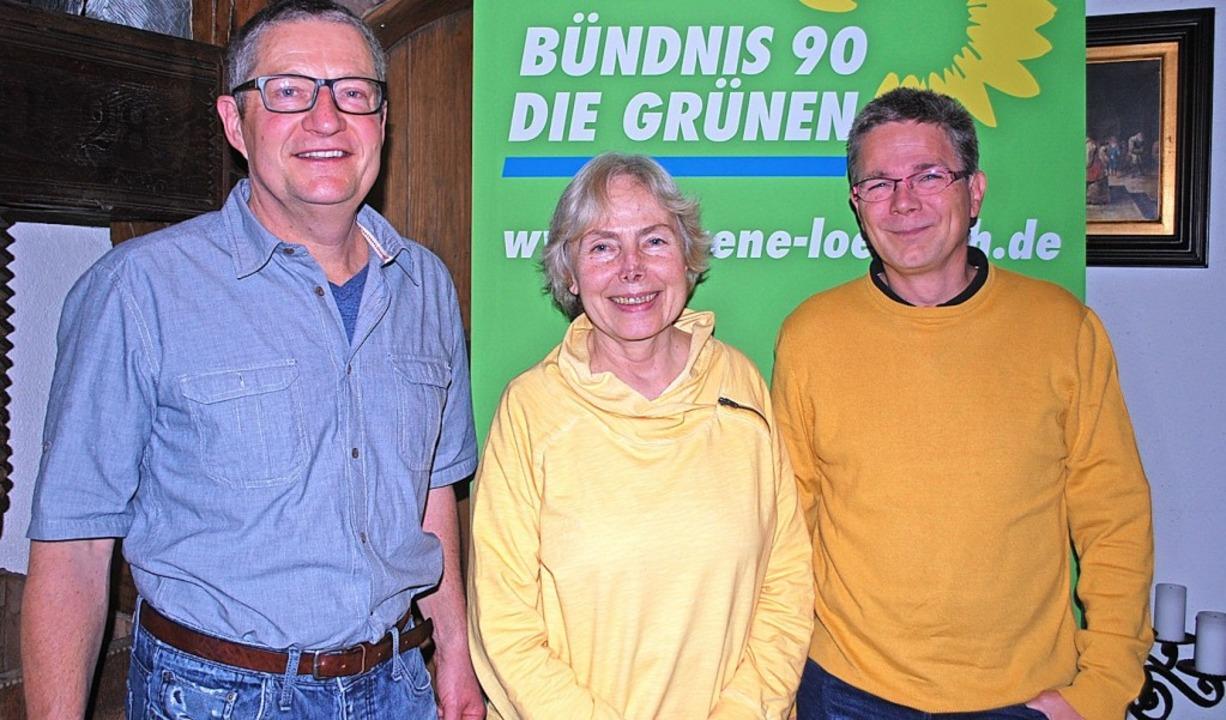 Thomas Brehm (von links), Annegret Mäv...tand des Grünen-Ortsverbands Kandern.   | Foto: Thomas Loisl Mink