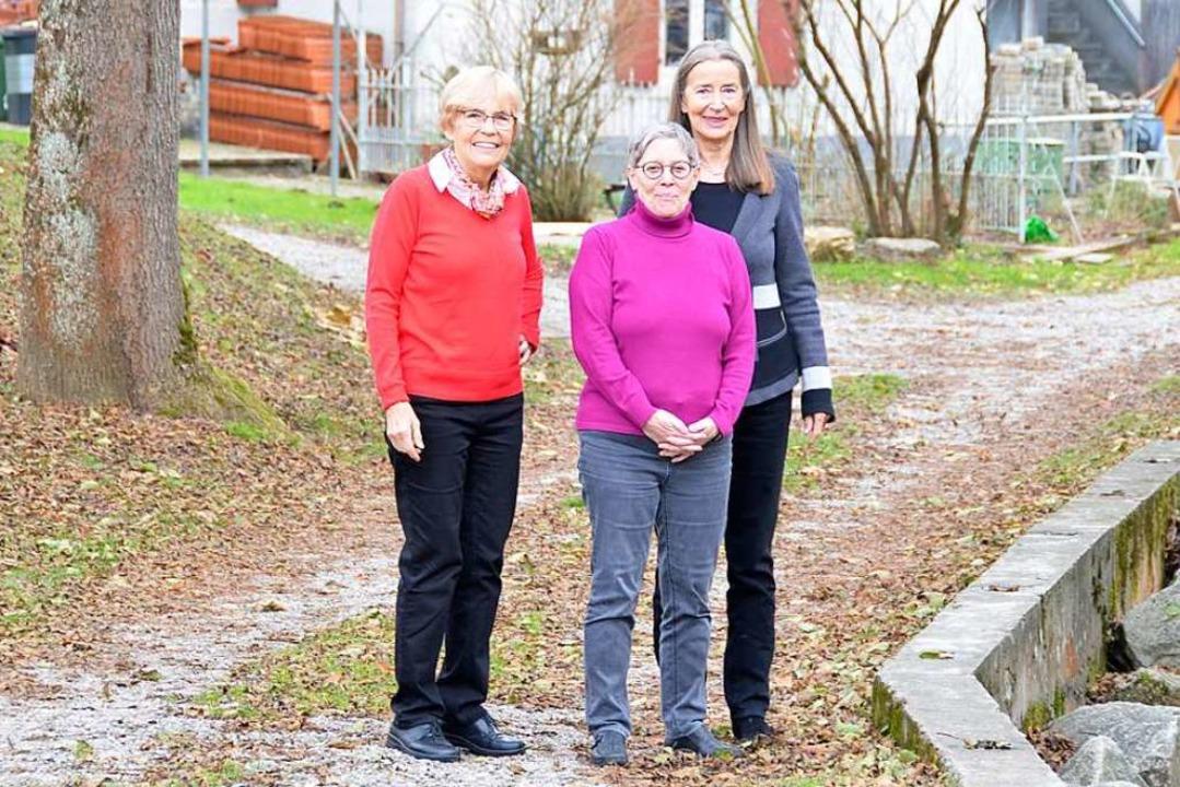 Sie bleiben bis zum Schluss: Uta Hinsk...e Fuchs und Anna Vogtherr (von links).  | Foto: Moritz Lehmann