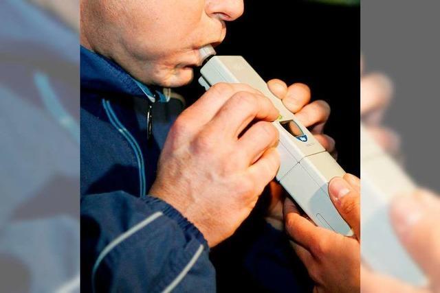 Mercedesfahrer muss wegen Alkohol am Steuer den Führerschein abgegen