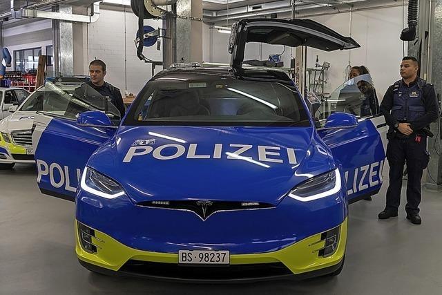 Basler Polizei jagt Verbrecher mit E-Autos