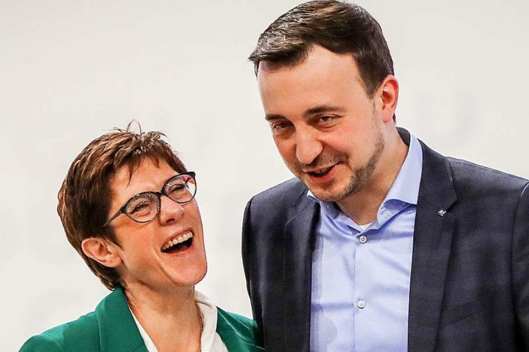 CDU-Chefin Annegret Kramp-Karrenbauer und ihr neuer Generalsekretär Paul Ziemiak  | Foto: dpa