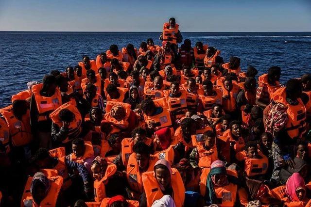 Umstrittener UN-Migrationspakt in Marrakesch angenommen