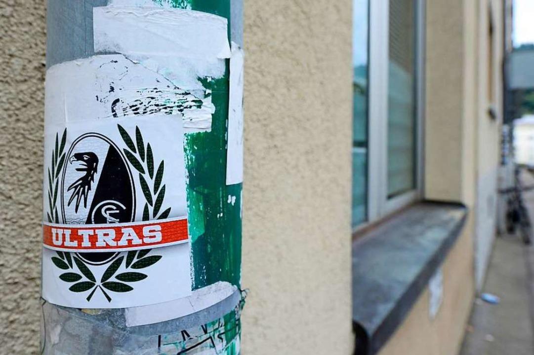 Die Polizei hat einen 22-Jährigen aus der Ultra-Gruppe festgenommen.  | Foto: Ingo Schneider
