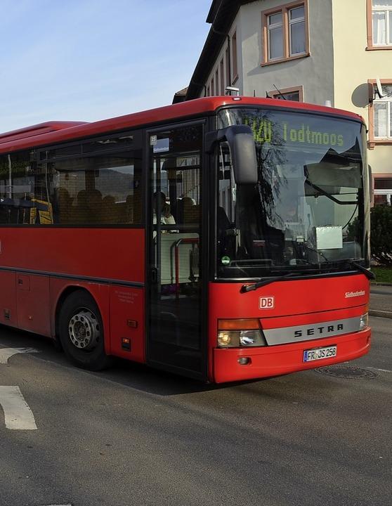 Auch die Fahrt mit öffentlichen Verkeh...e BZ-Weihnachtsaktion im Bedarfsfall.     Foto: Symbolfoto: Felix Held