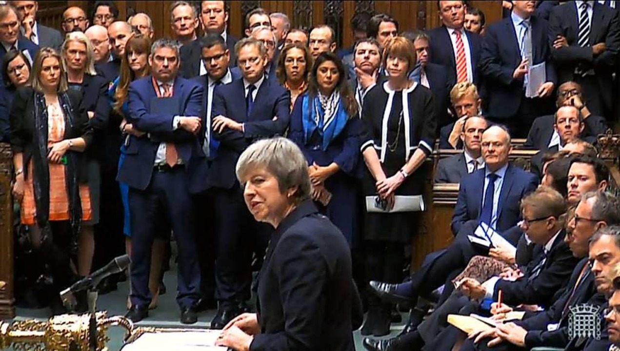 Erregte Debatte am Montag im britische...in noch unbestimmtes Datum verschoben.  | Foto: dpa