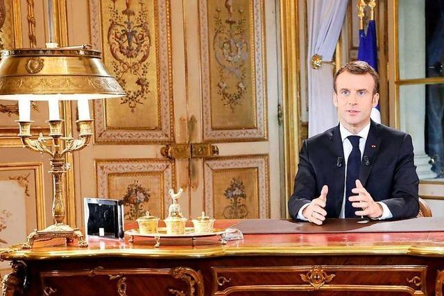Macron geht mit Zugeständnissen auf die Protestbewegung zu