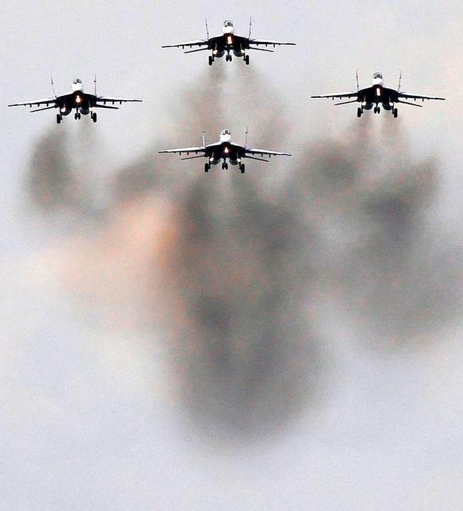 Russische Kampfflugzeuge vom Typ MiG-29    Foto: DPA