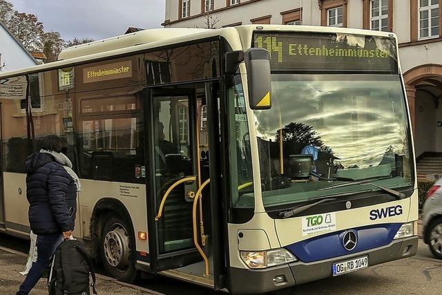 Stadtbus nimmt Fahrt auf