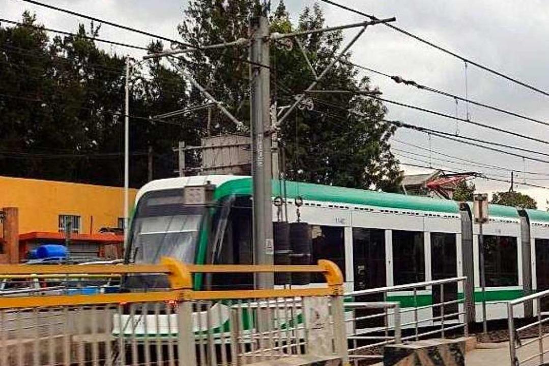 Von China gebaut: Die einzige Metro au...tinent fährt in Addis Abeba, Äthiopien