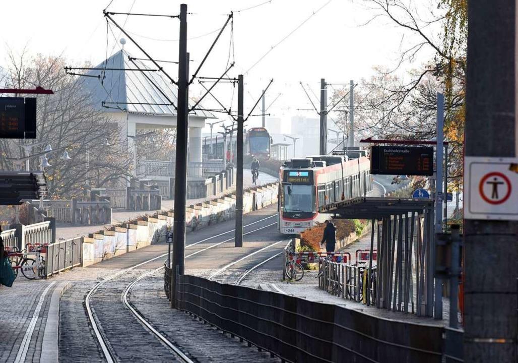 Ab August 2019 sollen  drei Stationen mit Bahn oder Bus  1,50 Euro kosten  | Foto: Rita Eggstein