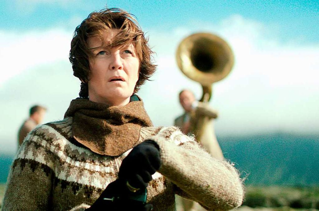 "Deckname ""Bergfrau"": Die I...sdóttir) ist heimlich Umweltaktivistin  | Foto: Pandora"