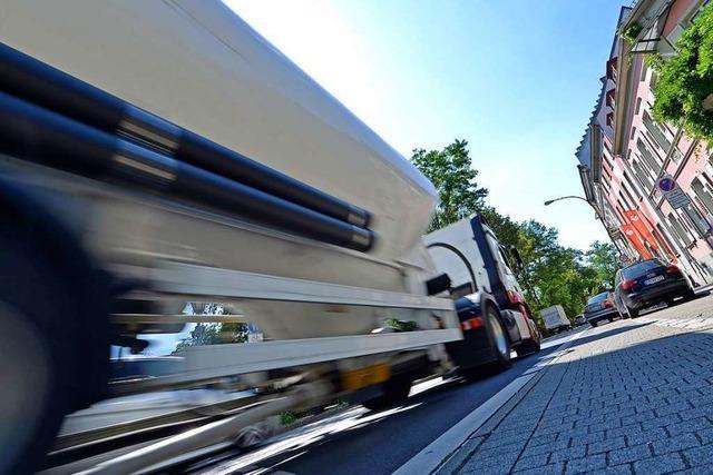 Durchfahrtsverbot: große Lastwagen sollen runter von der B31
