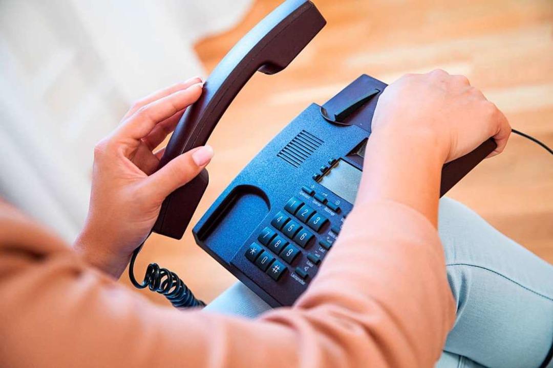 Die Nummer des Hilfetelefons: 0800 116 016 (Symbolbild)  | Foto: Christin Klose