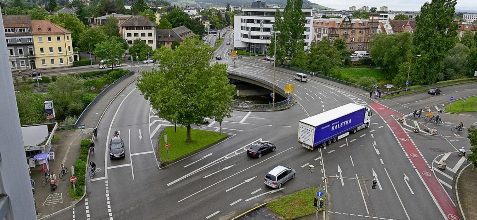 Vorher: So hat die alte Kronenbrücke ausgesehen.  | Foto: Ingo Schneider