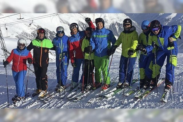 Skikurs auf dem Gletscher
