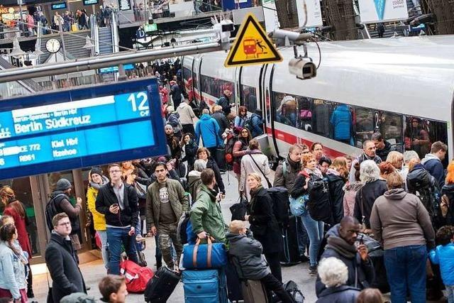 Bund greift das Bahn-Management an