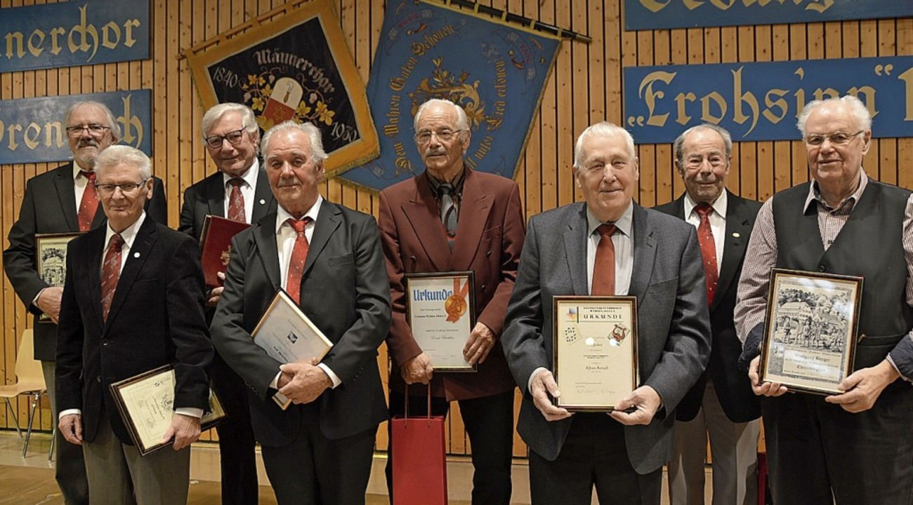 Geehrte von links: Eberhard Oberfell, ...Reindl, Eugen Weis und Wolfgang Berger  | Foto: Horatio Gollin