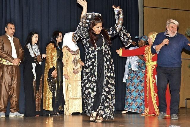 400 Gäste feiern international