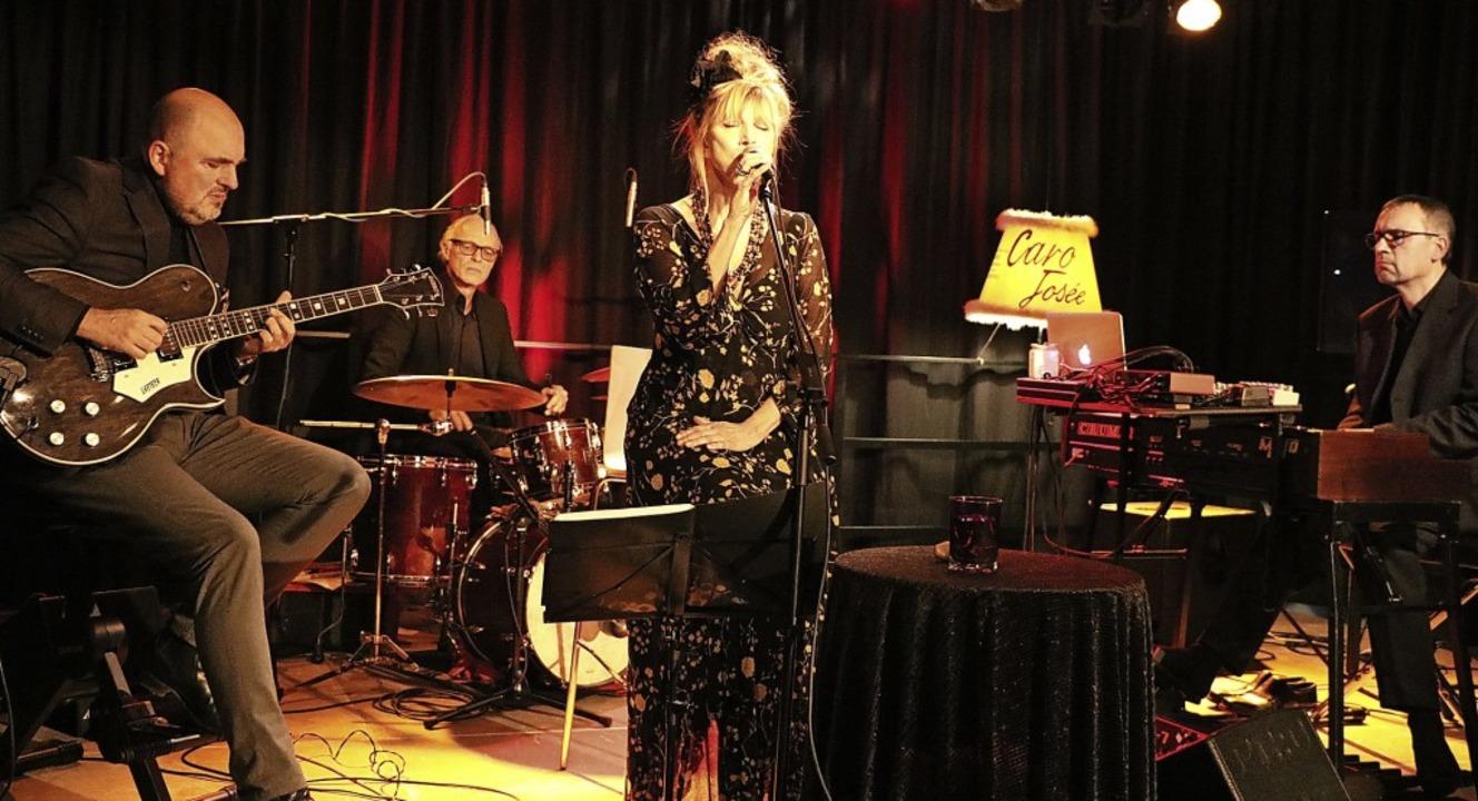Ein exzellentes Jazzerlebnis gab es be...ial mit der Ausnahmesängerin zusammen.  | Foto: Martha Weishaar