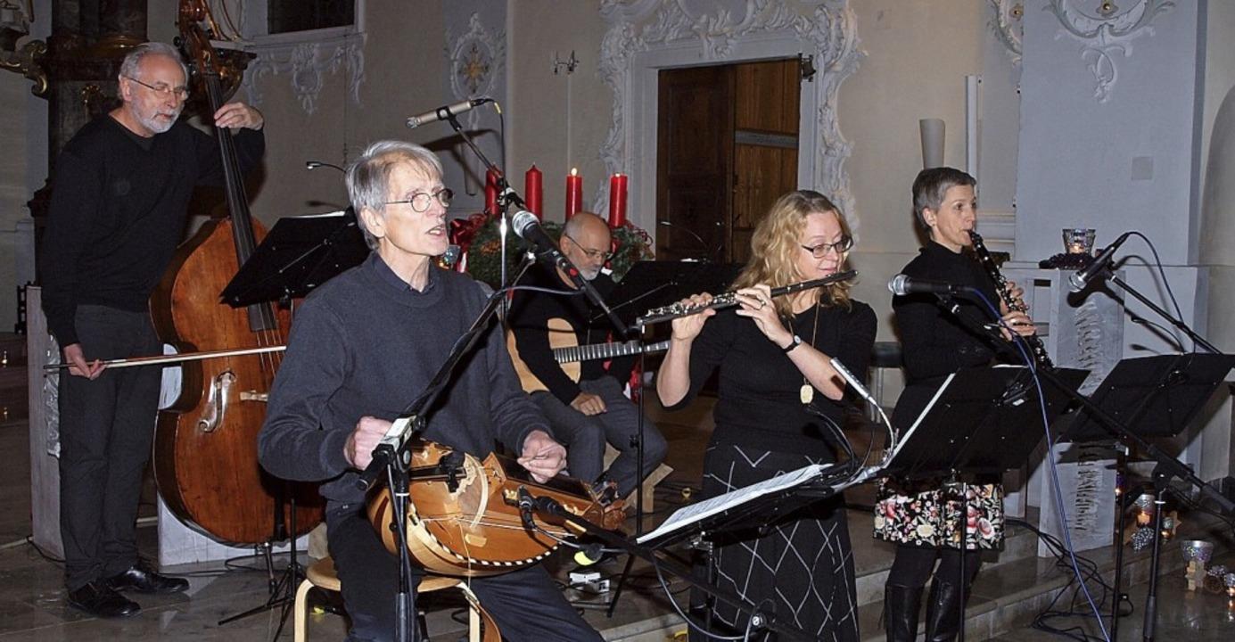 Die fünf Musiker von Vetterliswirtscha... in Herbolzheim für einen guten Zweck.  | Foto: Michael Haberer