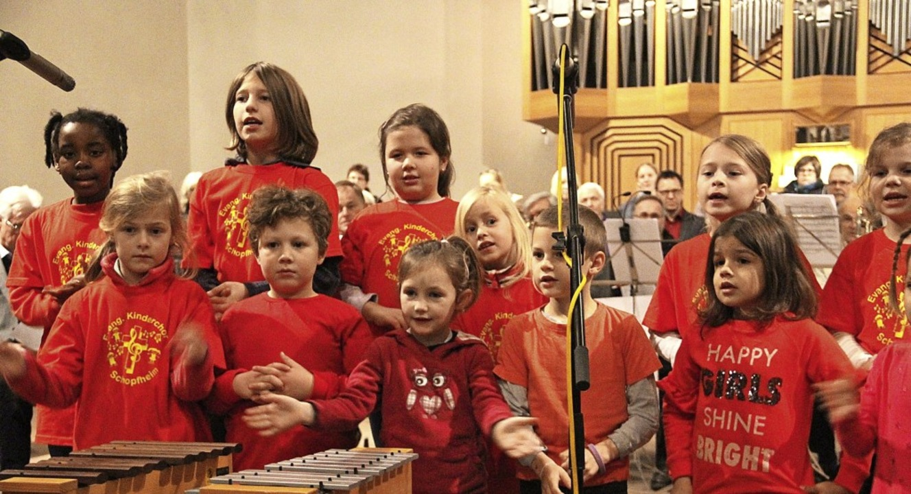 Auch die Singzwerge hatten Freude beim Schopfheimer Adventssingen.   | Foto: Monika Weber