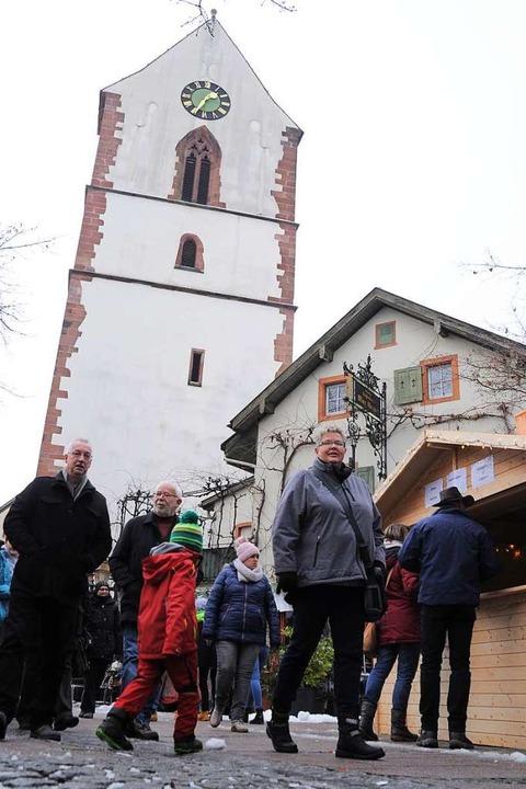 Weihnachtsstimmung herrschte rund um die alte Stadtkirche.  | Foto: Nicolai Kapitz