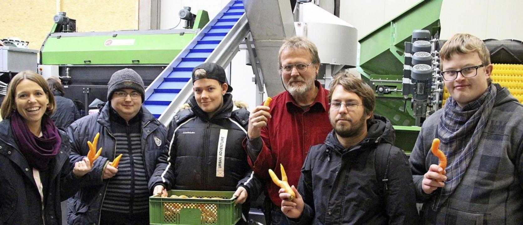 Mirjam Weisserth (links), Geschäftsfüh...öffnung des Eichstetter Unternehmens.   | Foto: Horst David