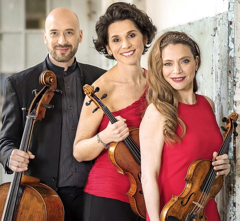Das Trio Lirico (oben) hat Regers  Streichtrios eingespielt.  | Foto: Pro