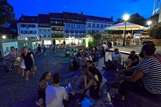 Stadt Freiburg will bis Sommer gegen Lärm auf dem Augustinerplatz vorgehen