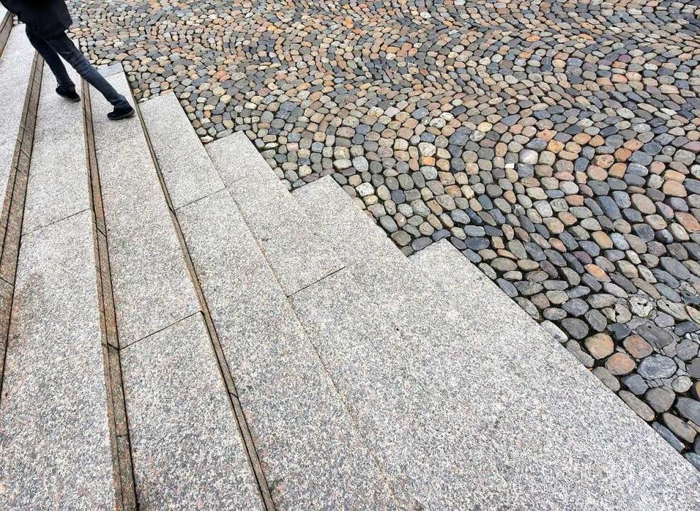 Beliebter Treffpunkt: die Treppe am Augustinerplatz.  | Foto: Michael Bamberger