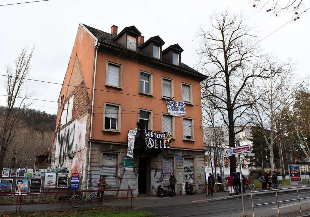 Für ein paar Stunden war dieser Teil d... Ziel des Protestes gegen Wohnungsnot.  | Foto: Eggstein