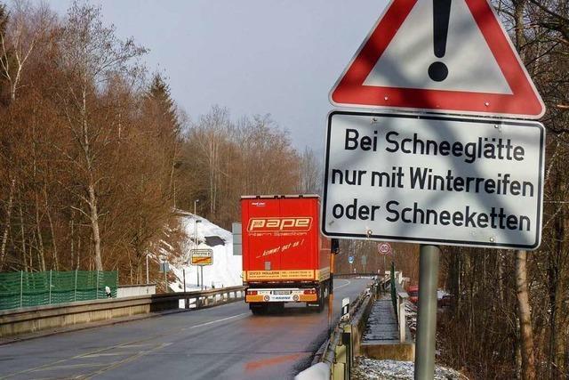 Schneefall führt zu Verkehrschaos am Feldberg