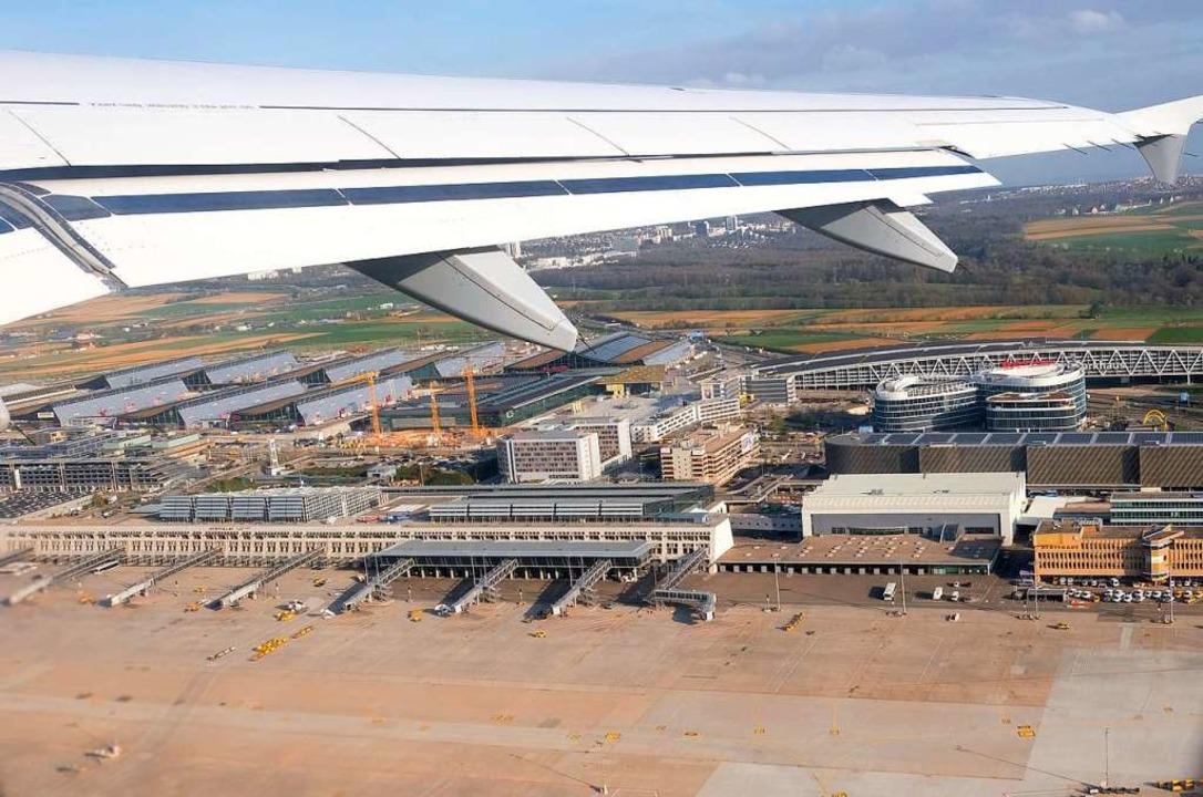 Der Flughafen Stuttgart wurde ausspion...er Polizei besteht keine Terrorgefahr.  | Foto: dpa